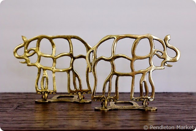 brass_colapsable_elaphant_bookends-2