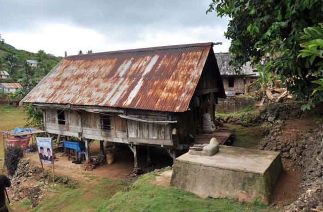 atap rumah minimalis sederhana