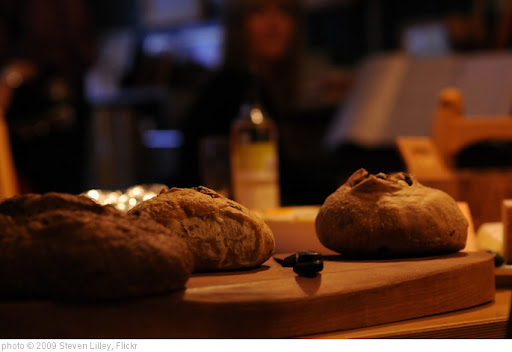 'Bread' photo (c) 2009, Steven Lilley - license: http://creativecommons.org/licenses/by-sa/2.0/