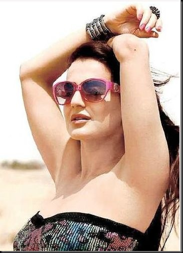Amisha Patel  for Glam Star Sunglasses11