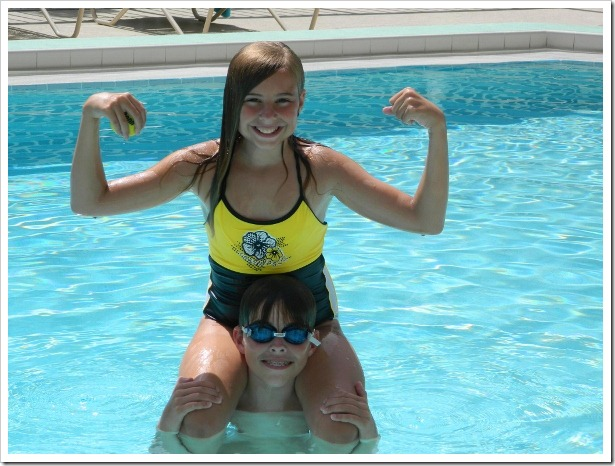 2011florida.samandmolly.pool (595x446)