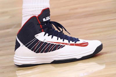 lebron james usa 120711 training camp 11 Closer Look at LeBron James Nike Hyperdunk USA Basketball PE