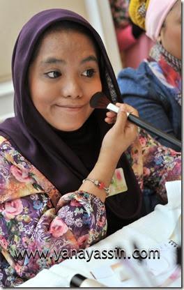 Kosmetik AVON MAlaysia350