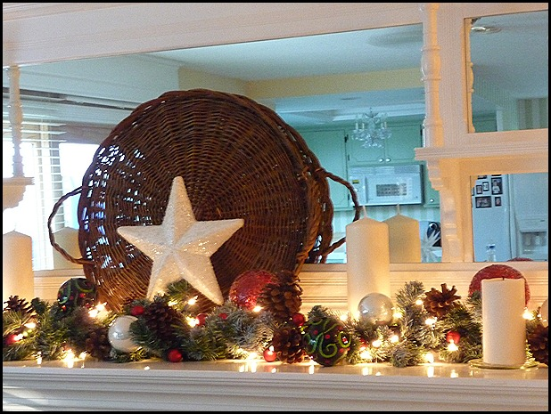 Chritstmas mantel trial 021