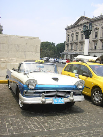 Things to do in Havana: see vintage cars still used in Cuba