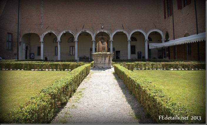 Il cortile del Palazzo dei Diamanti - The courtyard of the Palazzo dei Diamanti, Ferrara, Italy, Photo1