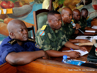 Des juges de la de la Cour militaire ce 9/05/2011  Kinshasa, lors du procs Chebeya  la prison centrale de Makala. Radio Okapi/ Ph. John Bompengo