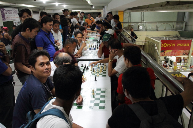 Speed Chess - a popular Filipino Indoor Sport