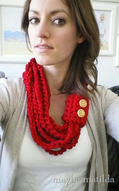DIY this lightweight, quick and easy cowl for spring!