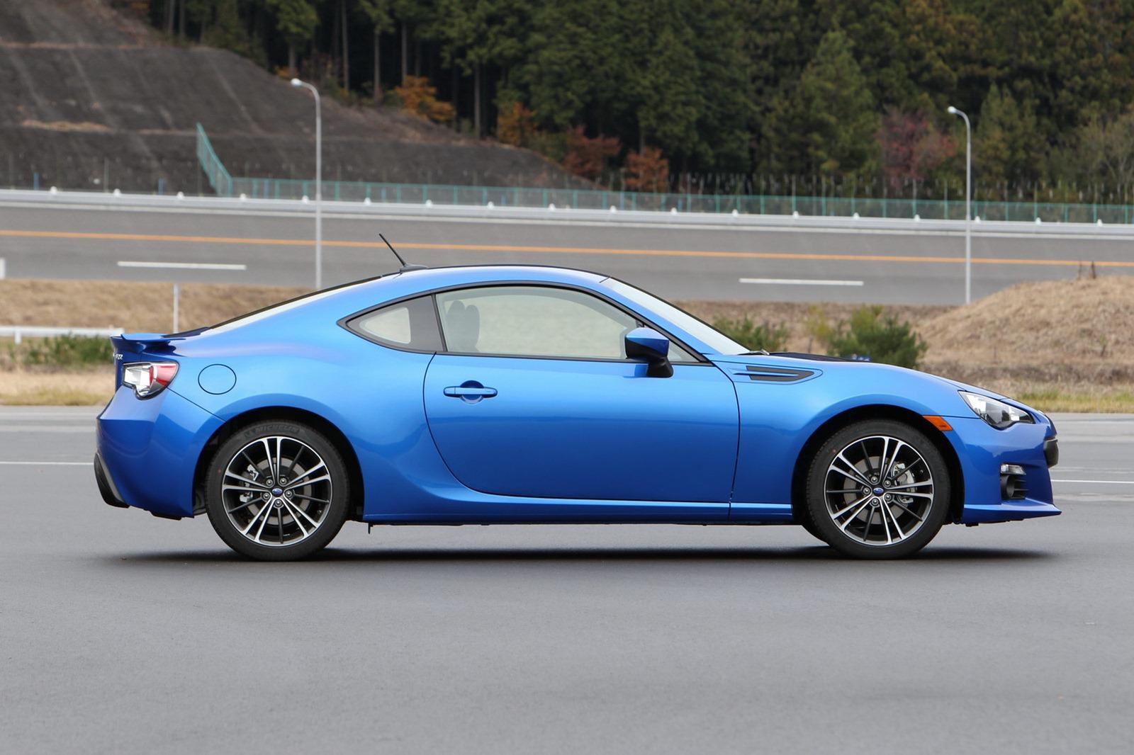 2013-Subaru-BRZ-Coupe-7.jpg?imgmax=1800