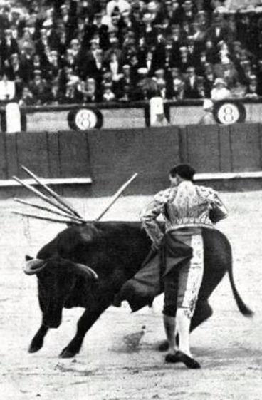 1917-06-21 Madrid Belmonte con Barbero de Concha y Sierra ayudado
