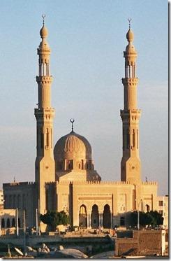 392px-Egypt.Aswan.Mosque.02