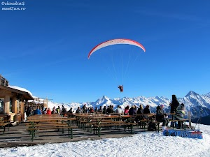 1-5790-Mayrhofen-schi_rw.jpg