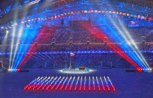 Поднятие-национального-флага-России-на-церемонии-открытия-XXII-зимних-Олимпийских-игр-в-Сочи