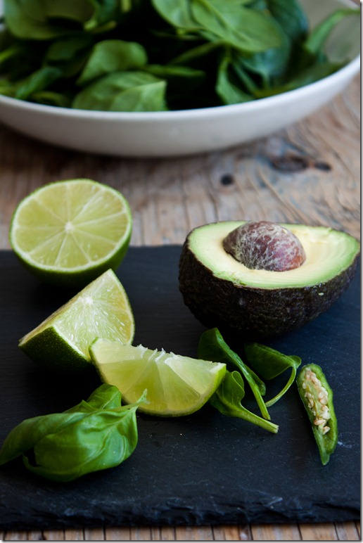 Limes, spinach and avocado (1 von 1)