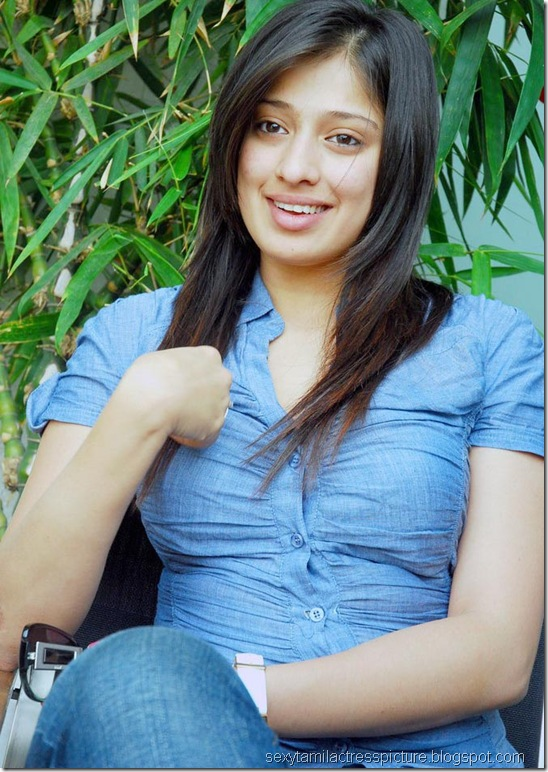 lakshmi_rai_tight_jeans_and_shirt_stills_04