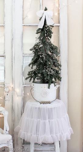 petticoat-tree2-shabby-story