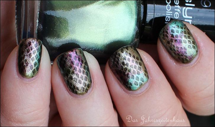 Reptile Schlangen Nails 8