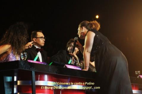 Anahi Gimenez le canta a Polino.jpg
