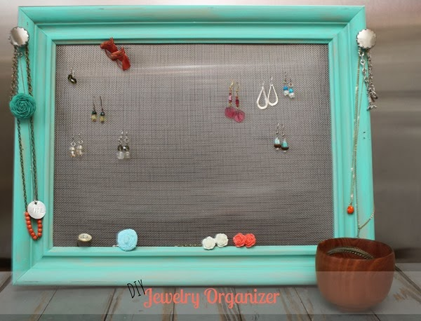 DIY Jewelry Organizer Display