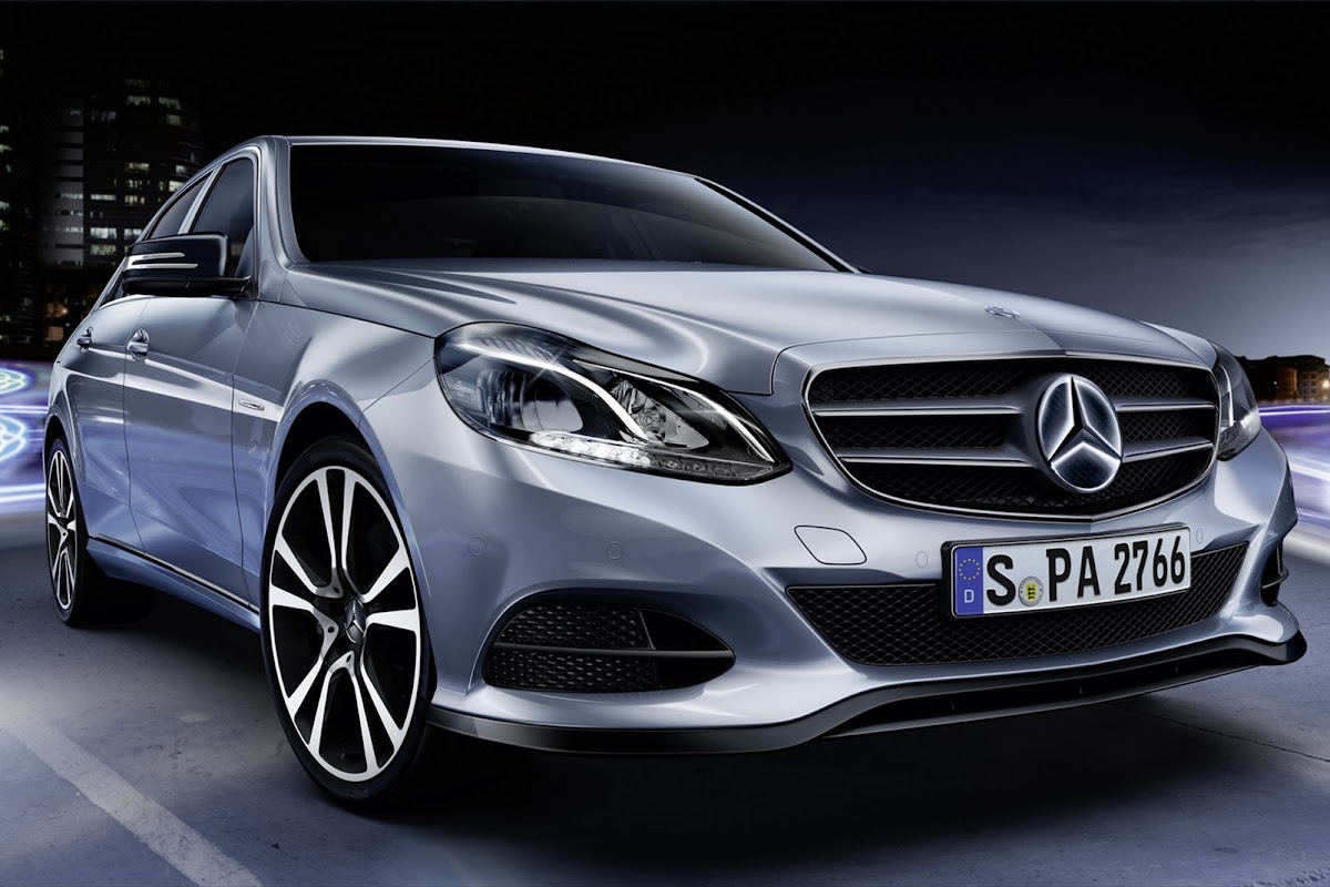 mercedes-benz e-class now available with illuminated star as a