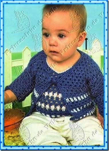 Conjunto azul y blanco a crochet de saco y musculosa 6 a 9 meses
