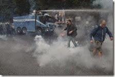 Scontri tra polizia e manifestanti