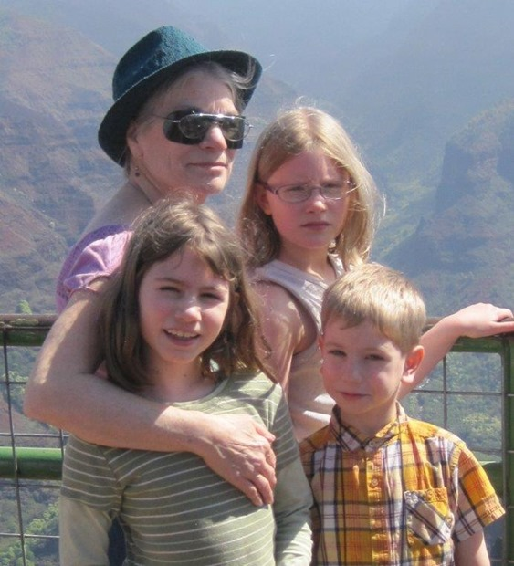 Teena & grandkids at Waimea Canyon Overlook