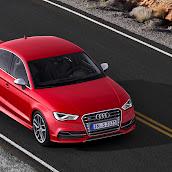 2014_Audi_S3_Sedan_19.jpg