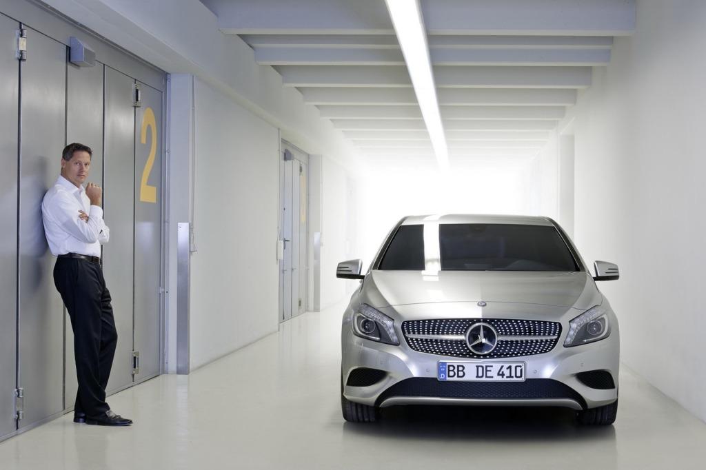 2013-Mercedes-A-Class-3.jpg?imgmax=1800