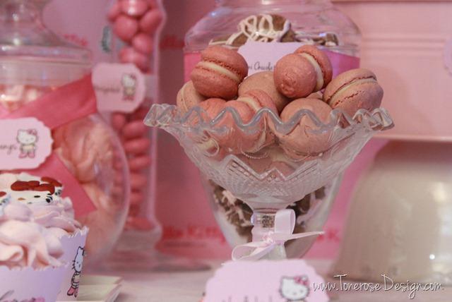 IMG_9317_rosa_kakebord_hello_kitty_dessertbord_bursdag