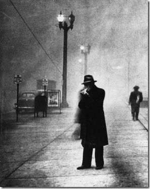 Man_Lights_Cigarette_in_Daylight_-_Black_Tuesday_1939