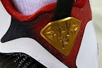 nike lebron 9 pe mvp gold plate 1 02 Unreleased Nike LeBron 9 MVP   Black Midsole Sample