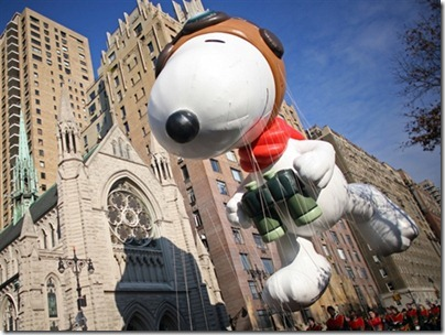 Snoopy Flying Ace Macy Thanksgiving Parade 04