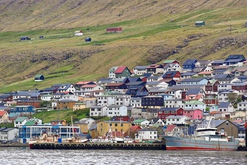 klaksvik-faroe-islands-11