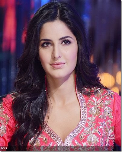 Katrina-Kaif-on-the-sets-of-Jhalak-Dikhhla-Jaa-shot-in-Mumbai-