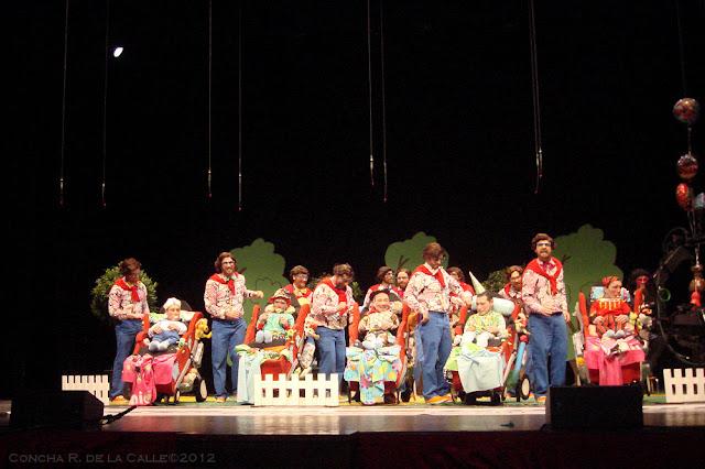 Los Niños - Final Murgas Carnaval 2012 - Badajoz (3).JPG