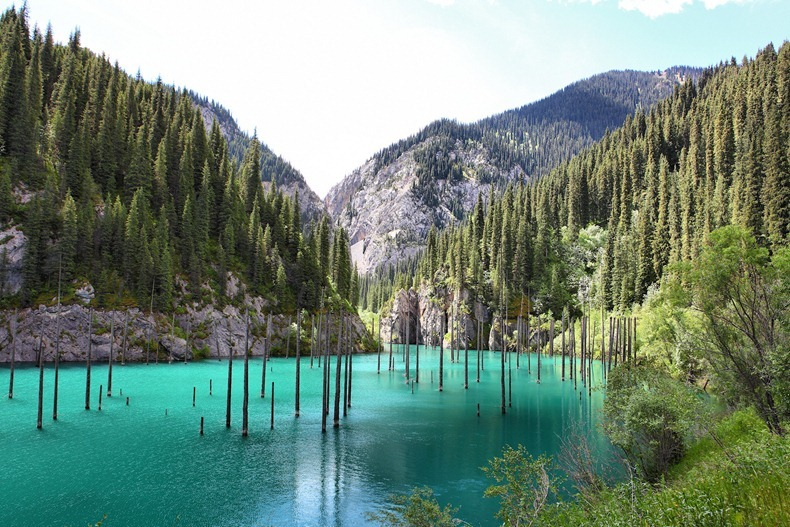 lake-kaindy-3