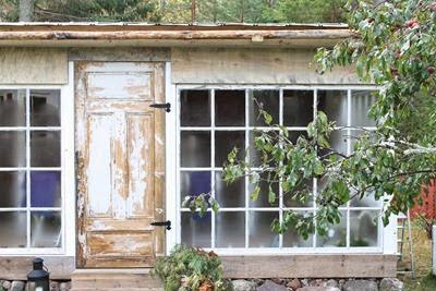 Hemmabyggt växthus