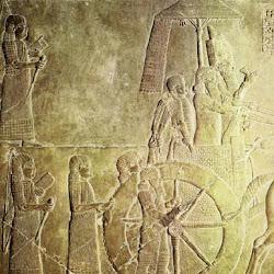 20. Palacio de Nínive. Asurbanipal en un desfile