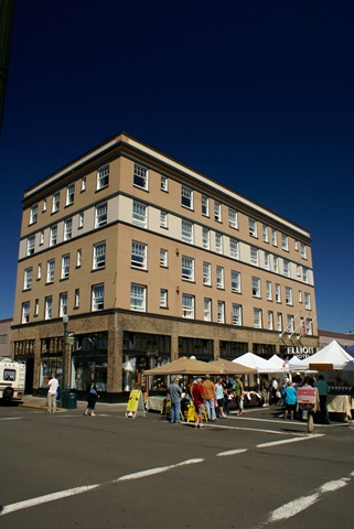 Elliott Hotel and Sunday Market