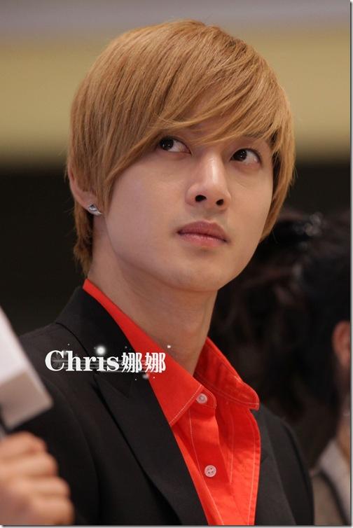 chris8
