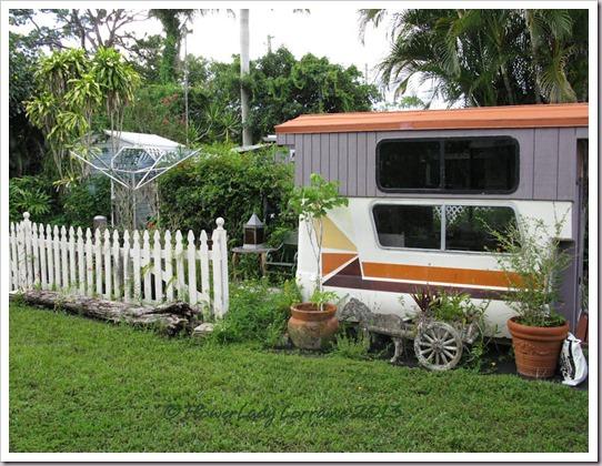 07-04-caravan
