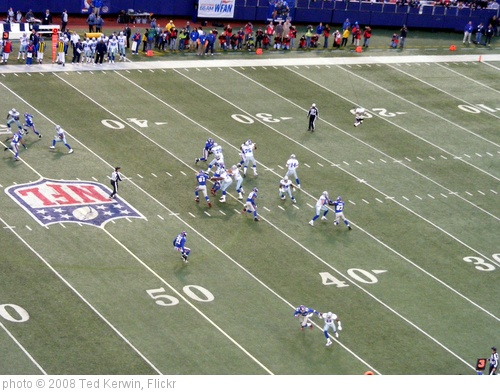 'Giants Defense' photo (c) 2008, Ted Kerwin - license: http://creativecommons.org/licenses/by/2.0/