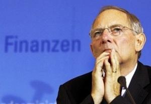 Spiegel: «Η Ελλάδα χρειάζεται το κούρεμα τώρα!»