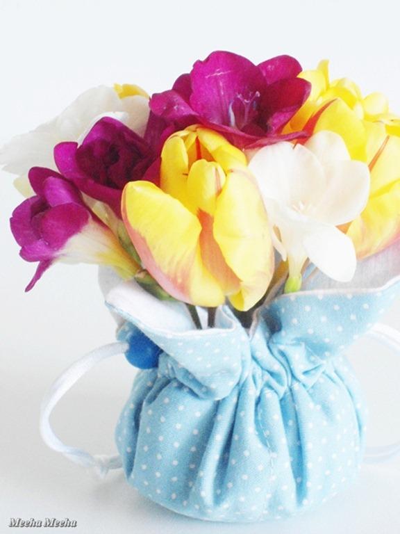 textile vase 211