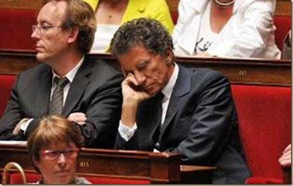Les politiques sommeillent (24)
