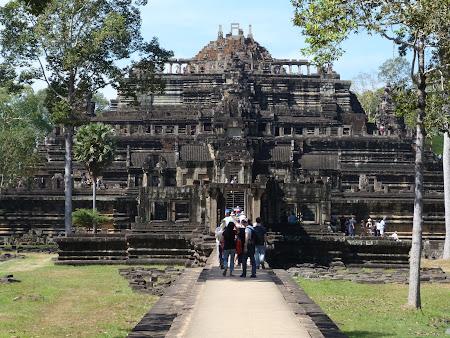 Obiective turistice Cambogia: Baphuon Angkor Wat