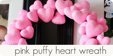 pink puffy heart wreath_thumb[3]