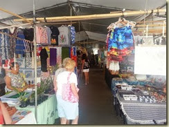 20131012_Market Hilo (Small)